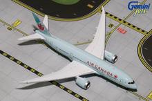 GeminiJets Air Canada Boeing 787-8 C-GHPU 1/400 GJACA1572