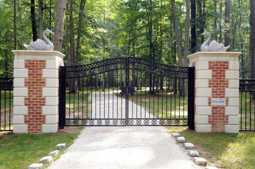 https://cdn3.bigcommerce.com/s-xzh5l/product_images/s/159/Large_Driveway_Estate_Gate_and_Marble_Column_Entry_29.6_feet_wide_50_03218_52__94554.jpg