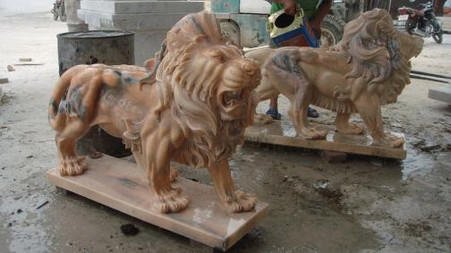 """BEAUTIFUL PAIR OF MARBLE ESTATE LIONS STANDING, SUNSET ORANGE MARBLE, 31.5"""" TALL"""