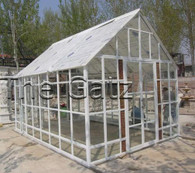 Garden Green House Metal with Plexiglas Measures: 216 high x 149 wide x 149 high