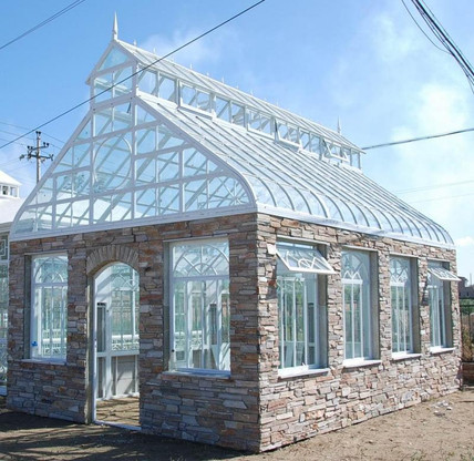 STEEPLE DESIGN GARDEN CONSERVATORY OR GREENHOUSE WITH STONE FASCIA