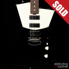 Ernie Ball Music Man St. Vincent Signature Black