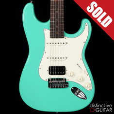 Suhr Classic Antique Roasted Recovered Sinker Maple #17 Seafoam