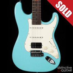 Suhr Classic Antique Roasted Recovered Sinker Maple #16 Daphne Blue