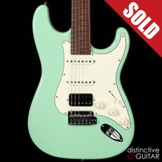 Suhr Classic Antique Roasted Recovered Sinker Maple #18 Surf Green
