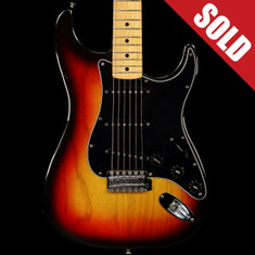 1977 Vintage Fender Stratocaster Sunburst