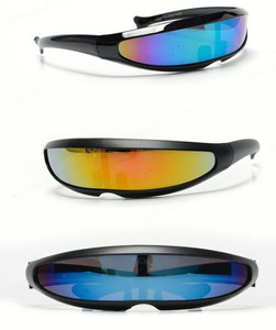 Futuristic Polarized Linear Sunglasses in Black