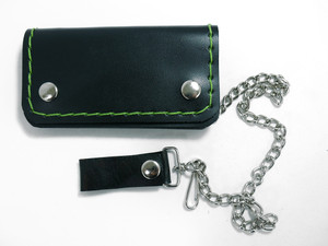 Green Stitch Small Leather Wallet w/Chain