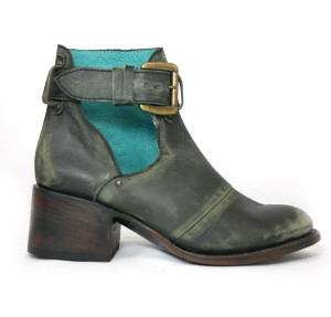 Untitled Vintage - Relic Black Leather Ankle Boots