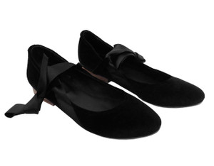 Mitu Brand Lucia Black Velvet Shoes with Short Heels