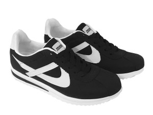 Panam - Ultra Xolo Black and White Low Top Unisex Sneaker