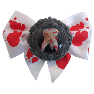 Kreepsville 666 - Breaking Teeth Hair Bow