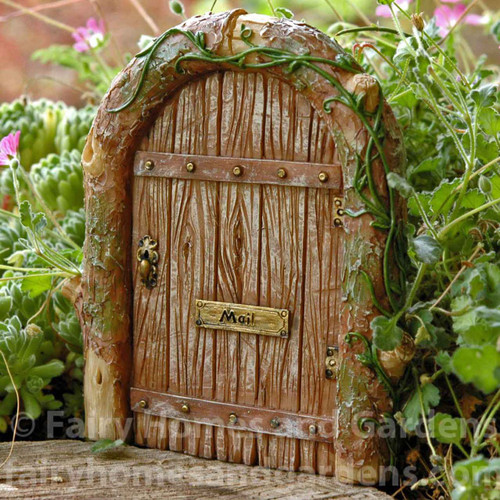 Fairy garden fairy doors miniature fairy doors for Mini fairy door