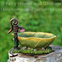 Miniature Leaf Bathtub