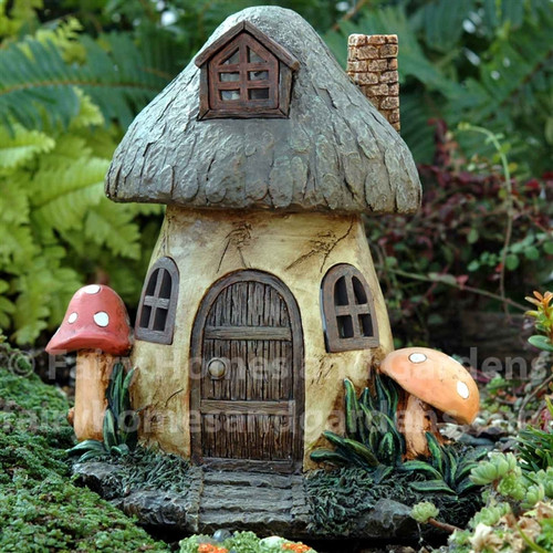 Solar Mushroom Fairy House Fairy Homes and Gardens