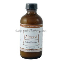 Almond Natural & Artificial Bakery Emulsion-4 oz.