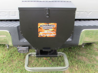 "50lb Tailgate/Road Feeder with 2"" Receiver 1050TG-2"