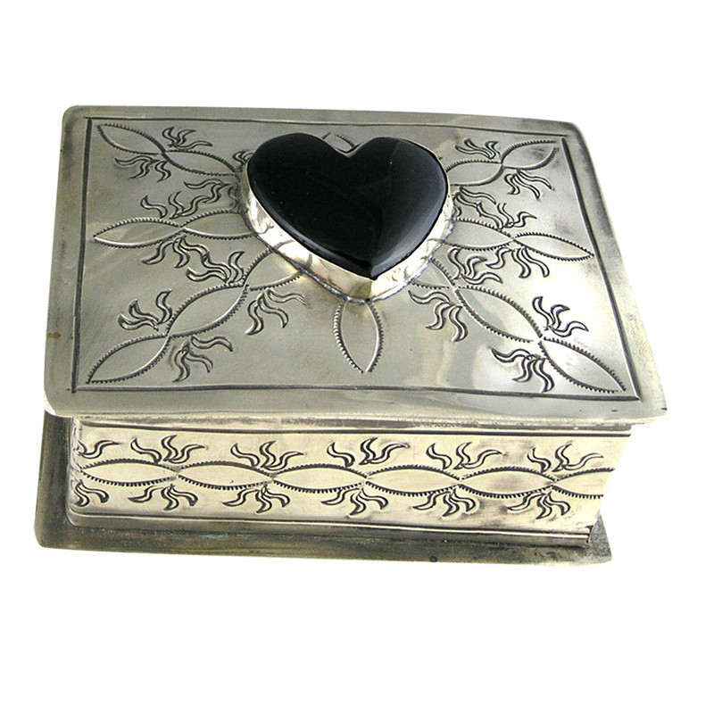Home - Silver Stamped Box with Onyx Heart