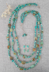 Vintage Turquoise 3-Strand Necklace and Earring Set