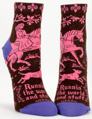 Blue Q Runnin' the World Ankle Socks (Ladies 5-10) in Brown, Hot Pink and Purple