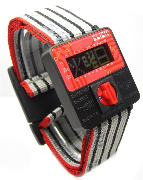 Click Turn Black/Red Ribbon