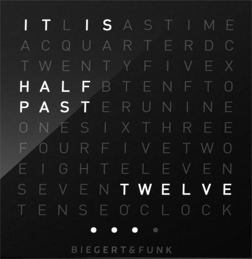Qlocktwo W Time In Words -Black