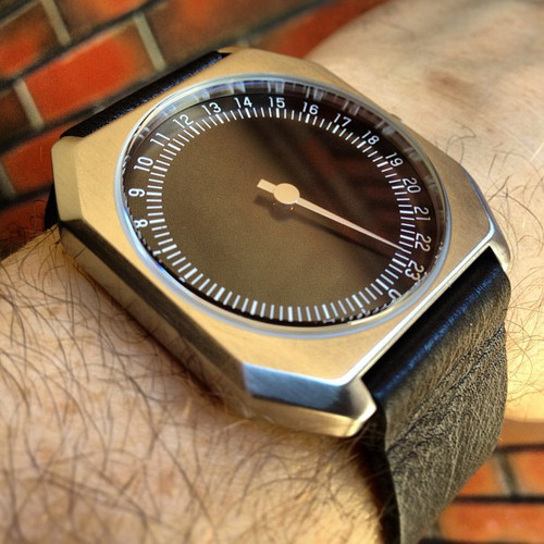 Slow Jo 24 Hour One Hand Leather Silver/Black Dial