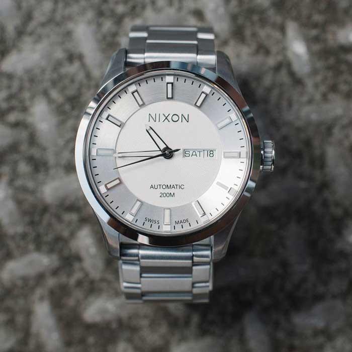 nixon-automatic-ii-700x.jpg