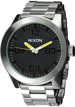 Nixon Corporal SS Grand Prix