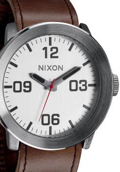 Nixon Corporal Silver/Brown