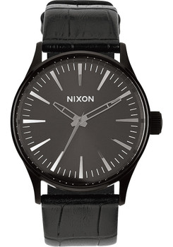 Nixon Sentry 38 Gator Leather Black