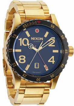 Nixon Diplomat GMT SS Gold/Black
