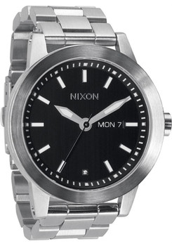 Nixon Spur Black