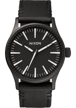 Nixon Sentry 38 Leather Black & White