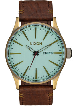 Nixon Sentry Leather Brass/Green Crystal