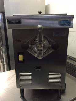 SANISERVE A4071E SOFT SERVE MACHINE