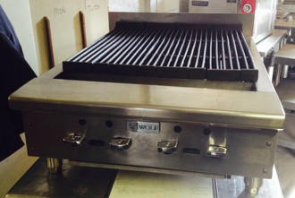 "WOLF ABC25 ACHIEVER 25"" GAS CHARBROILER"
