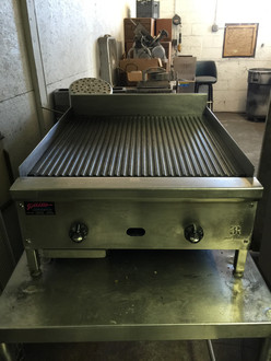 "Jade JGT-2424-FG Supreme™ Griddle, countertop, gas, 24"", 1"" thick grooved steel plate, thermostatic controls, pilot tips, 3"" high stainless steel rear & side splash, 60,000 BTU, CSAus, NSF"
