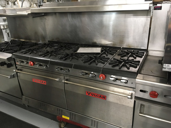 "VULCAN 60L77R Restaurant Range, gas, 60"", (10) 15,000 BTU burners, (2) standard ovens, backriser & high shelf, fully MIG welded frame, 6"" adjustable legs, 185,000 BTU"