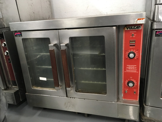 """Convection Oven, gas, single-deck, bakery depth, solid state controls, electronic spark igniter, 60 minute timer, 25-3/4"""" high legs, stainless steel front, top and sides, stainless steel door with window, 50,000 BTU, NSF, CSA Star, CSA Flame, ENERGY STAR®"""