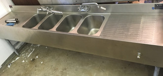 4 BAY BAR SINK 8' X 18""