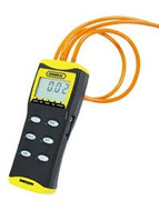 "General Tools DM8252 Digital High Resolution Manometer with 36"" Tubing; 0 to 2 PSI, +/- Port"