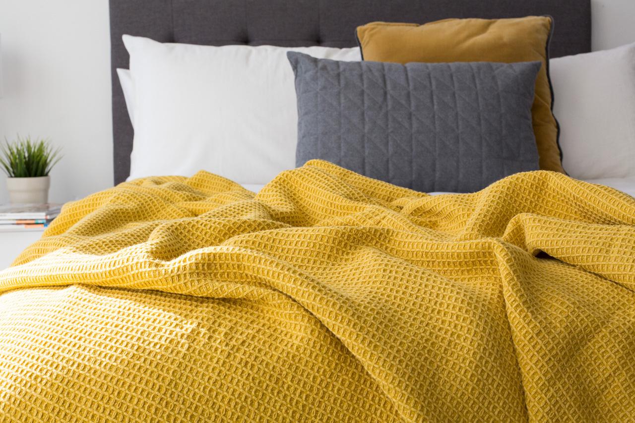 Linen blend blankets