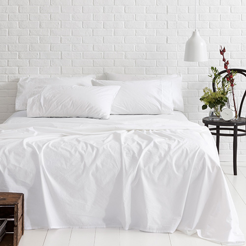 how to get blood out of white cotton sheets