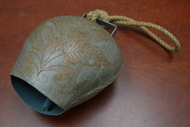 "Handmade Flower Rusty Iron Metal Bell With Rope Handler 8 1/2"""