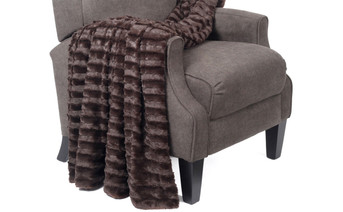 Derby Double Sided Faux Fur Throw