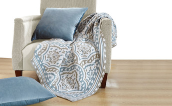 Tivoli Knitted Throw & Matching Pillow Shell Combo