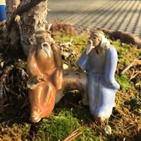 Mudmen Figurine - Two Men Medium (F-018)