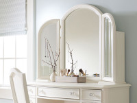 Ivy Desk Vanity Mirror