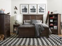 Chelsea Square Panel Bed Full - Raisin